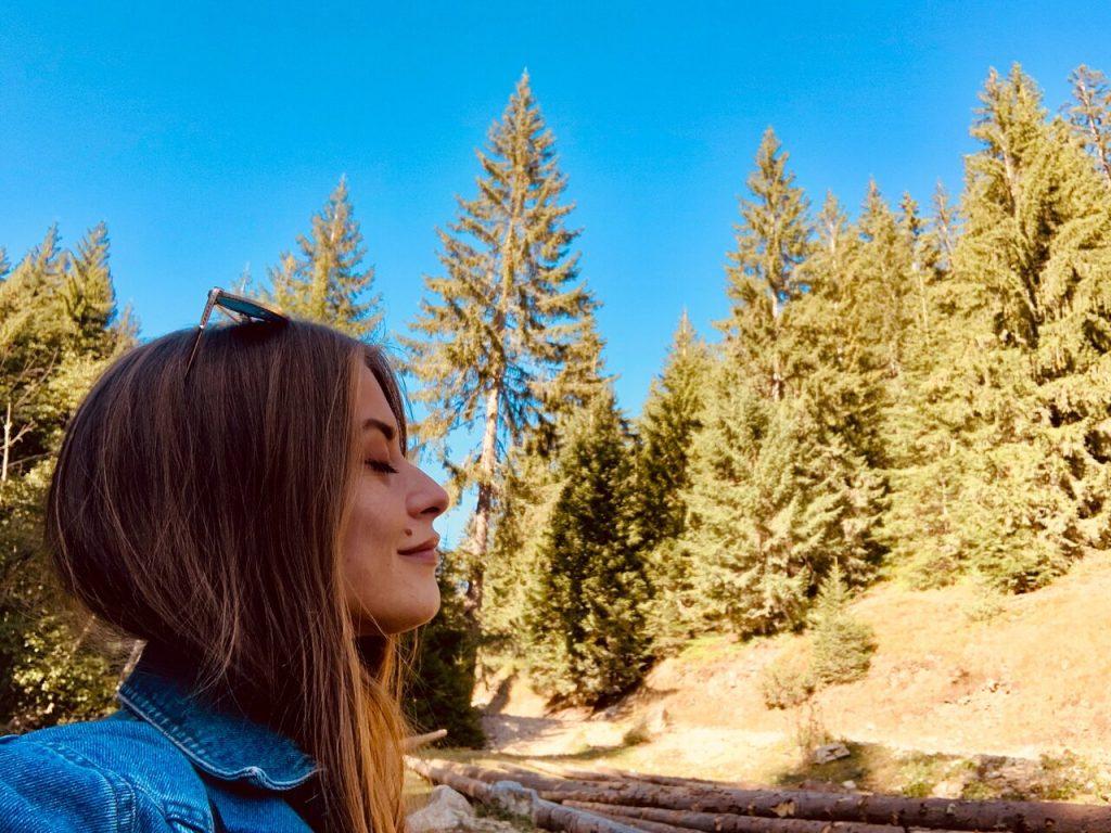 atme tief und bewusst für ein gesundes Leben